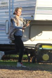 Elsa Pataky - Christmas Tree Shopping in Malibu - 12/8/ 2016