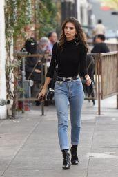 Emily Ratajkowski in Jeans - Out in LA 12/6/ 2016