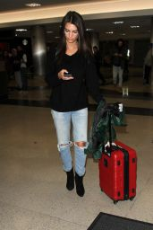 Emily Ratajkowski Travel Outfit - Arrives in Los Angeles 12/1/ 2016