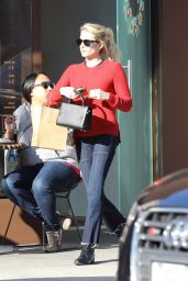 Emma Roberts - Grabs Some Cupcakes at Sprinkles in Beverly Hills 12/15/ 2016