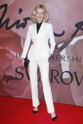 Eva Herzigova – The Fashion Awards 2016 in London, UK
