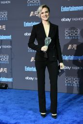 Evan Rachel Wood – 2016 Critics' Choice Awards in Santa Monica 12/11/ 2016