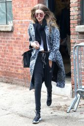 Gigi Hadid Street Style - Arriving at a Photo Studio in NYC 12/13/ 2016