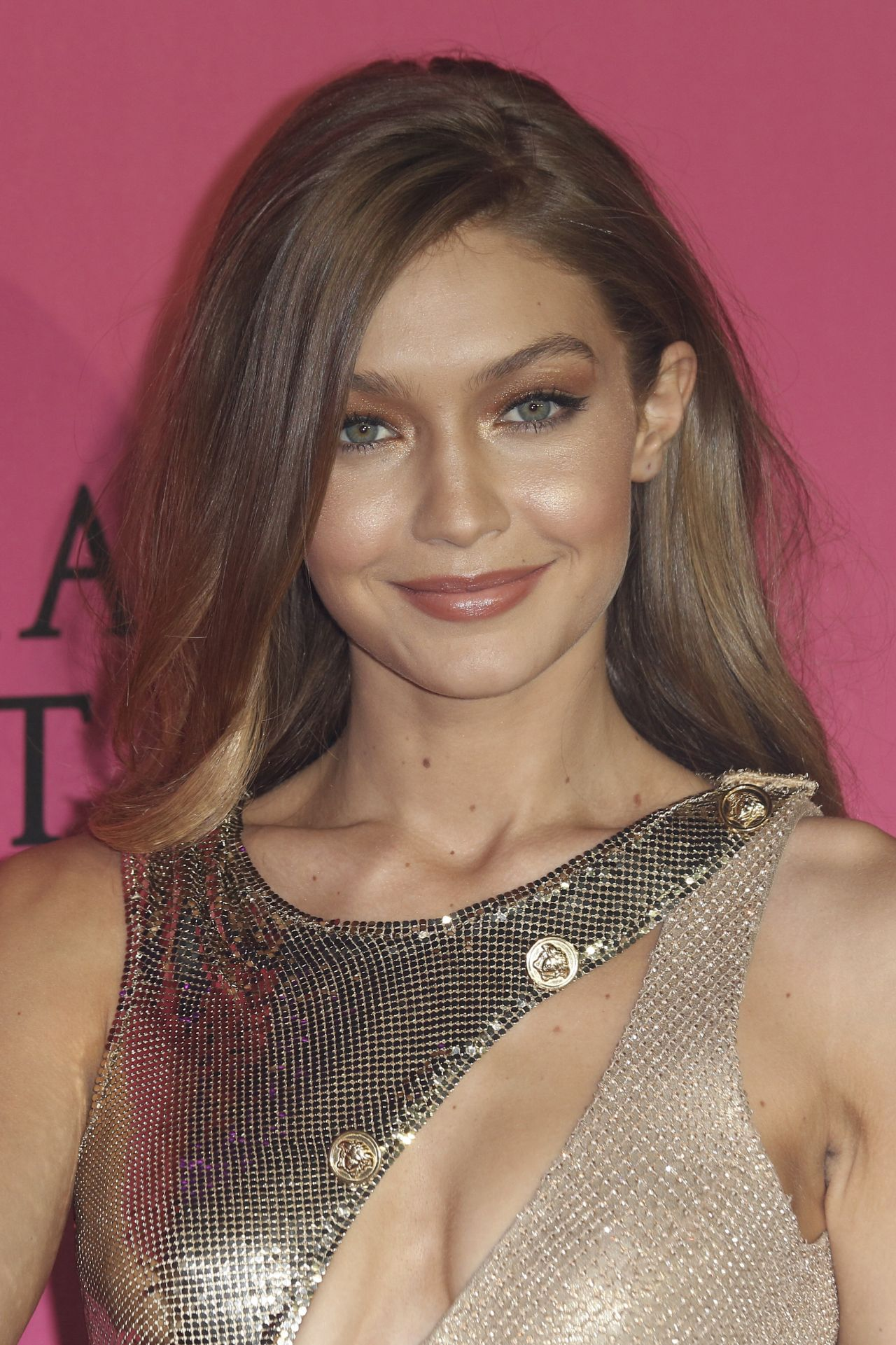 Gigi Hadid Best Beauty Trends: Victoria's Secret Fashion Show 2016 After