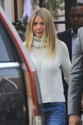Gwyneth Paltrow Street Style - With Her Boyfriend Brad Falchuk in Los Angeles 12/10/ 2016