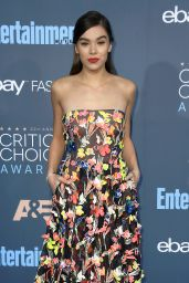Hailee Steinfeld – 2016 Critics' Choice Awards in Santa Monica 12/11/ 2016