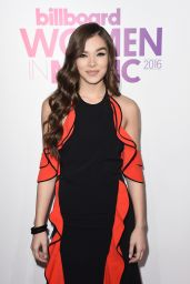 Hailee Steinfeld on Red Carpet - Billboard Women in Music 2016 in NYC 12/9/ 2016