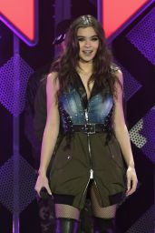Hailee Steinfeld - Performing at 103.5 KISS FM
