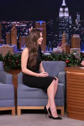 Hailee Steinfeld - The Tonight Show With Jimmy Fallon 12/12/ 2016