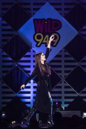 Hailee Steinfeld - WiLD 94.9 FM