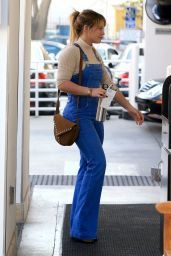 Hilary Duff at the Lancer Dermatology Clinic in Beverly Hills 12/14/ 2016