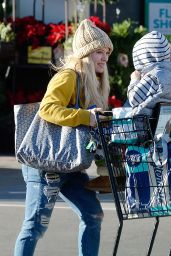 Hilary Duff Street Style - Out And About in Los Angeles 12/21/ 2016