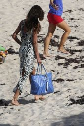Izabel Goulart - Enjoying Vacation in St Barth Island 12/27/ 2016