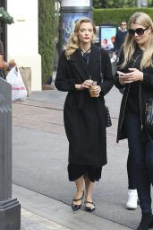 Jaime King Grabs a Coffee at Bar Verde at The Grove in West Hollywood 12/12/ 2016