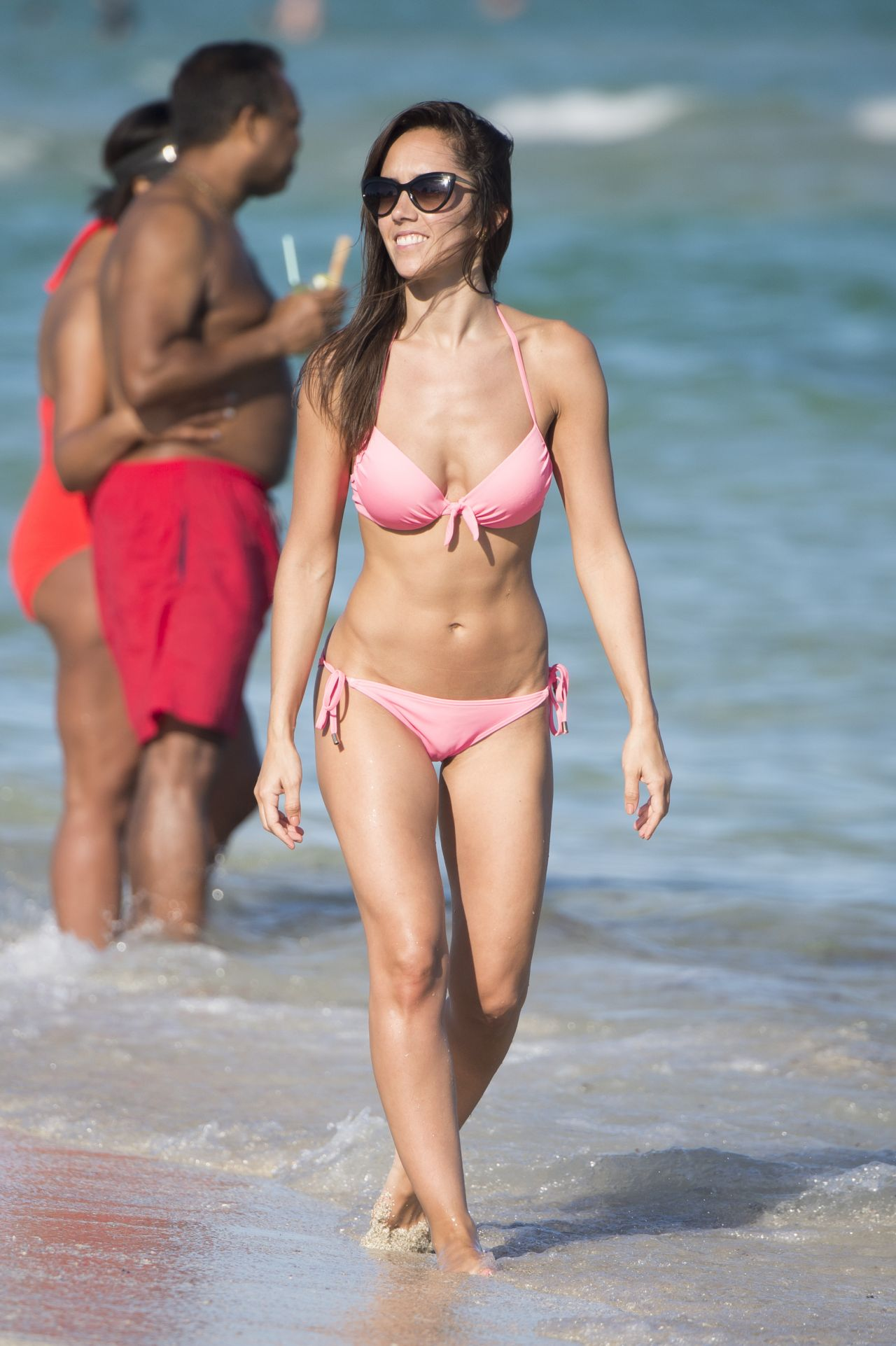 647d063c41 Janette Manrara in Pink Bikini On Miami Beach 12 28  2016