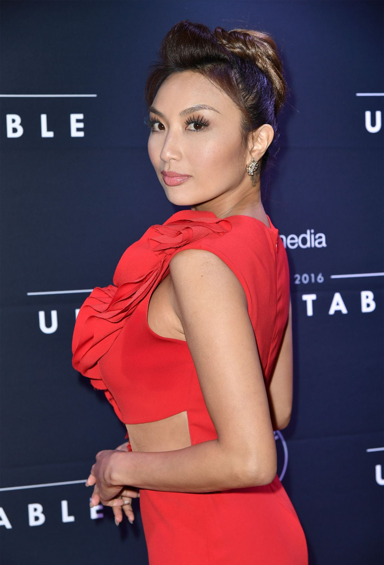 Jeannie Mai Unforgettable Gala 2016 In Los Angeles