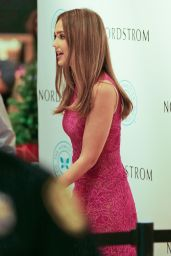 Jessica Alba - Meet and Greet Hosted by the Honest Company in Honolulu 12/3/ 2016