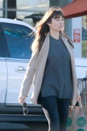 Jessica Biel Street Style - Grocery Shopping at Whole Foods in Santa Monica 12/16/ 2016