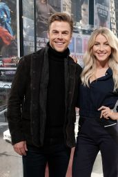 Julianne Hough - Visits