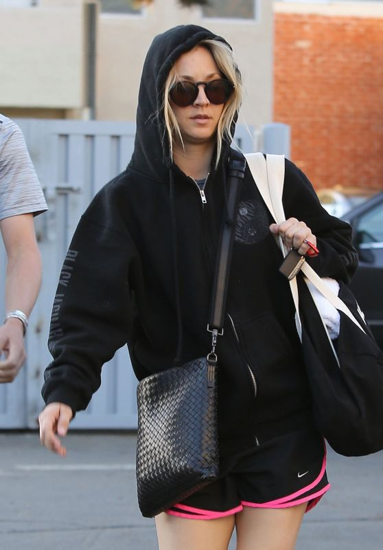 Kaley Cuoco at a Pilates Class in Studio City 12/18/ 2016