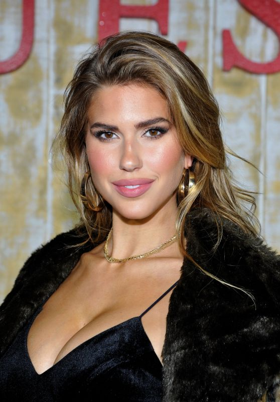 Kara Del Toro - GUESS Glitz and Glam Holiday Event in Los Angeles 12/13/ 2016