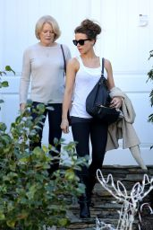 Kate Beckinsale With Her Mom Judy Loe - Get Picked Up By a Chauffeur - Los Angeles, CA 12/29/ 2016