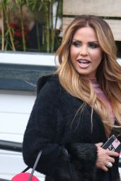 Katie Price - Outside ITV Studios in London 12/16/ 2016