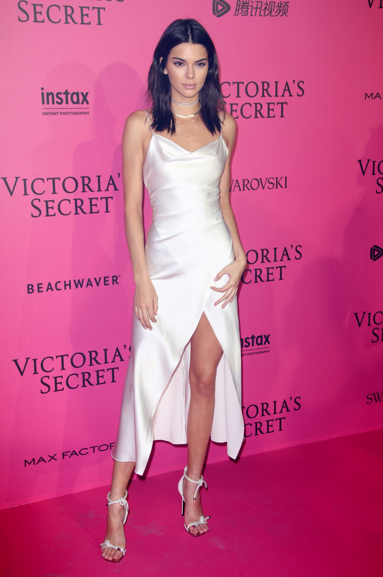 Kendall Jenner – Victoria's Secret Fashion Show 2016 After ...