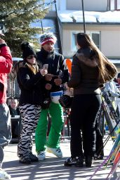 Kyle Richards - Suits Up and Takes the Ski Lift to Head Up the Mountain to Ski in Aspen 12/26/ 2016