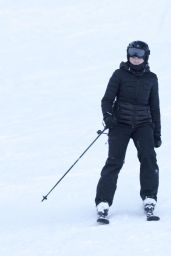 Madonna - Skiing in Verbier, Switzerland 12/29/ 2016