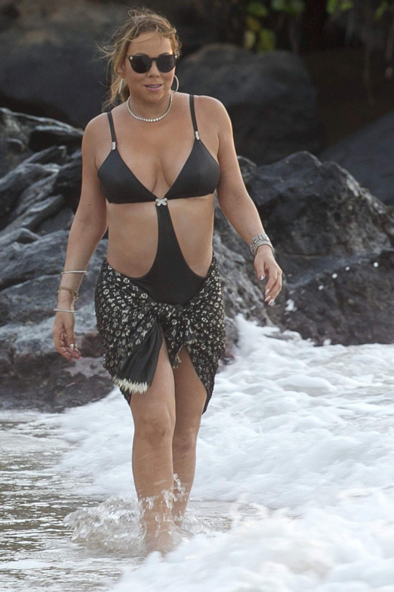 Mariah Carey - Playing With Her New Boyfriend in Hawaii ... Hayden Panettiere
