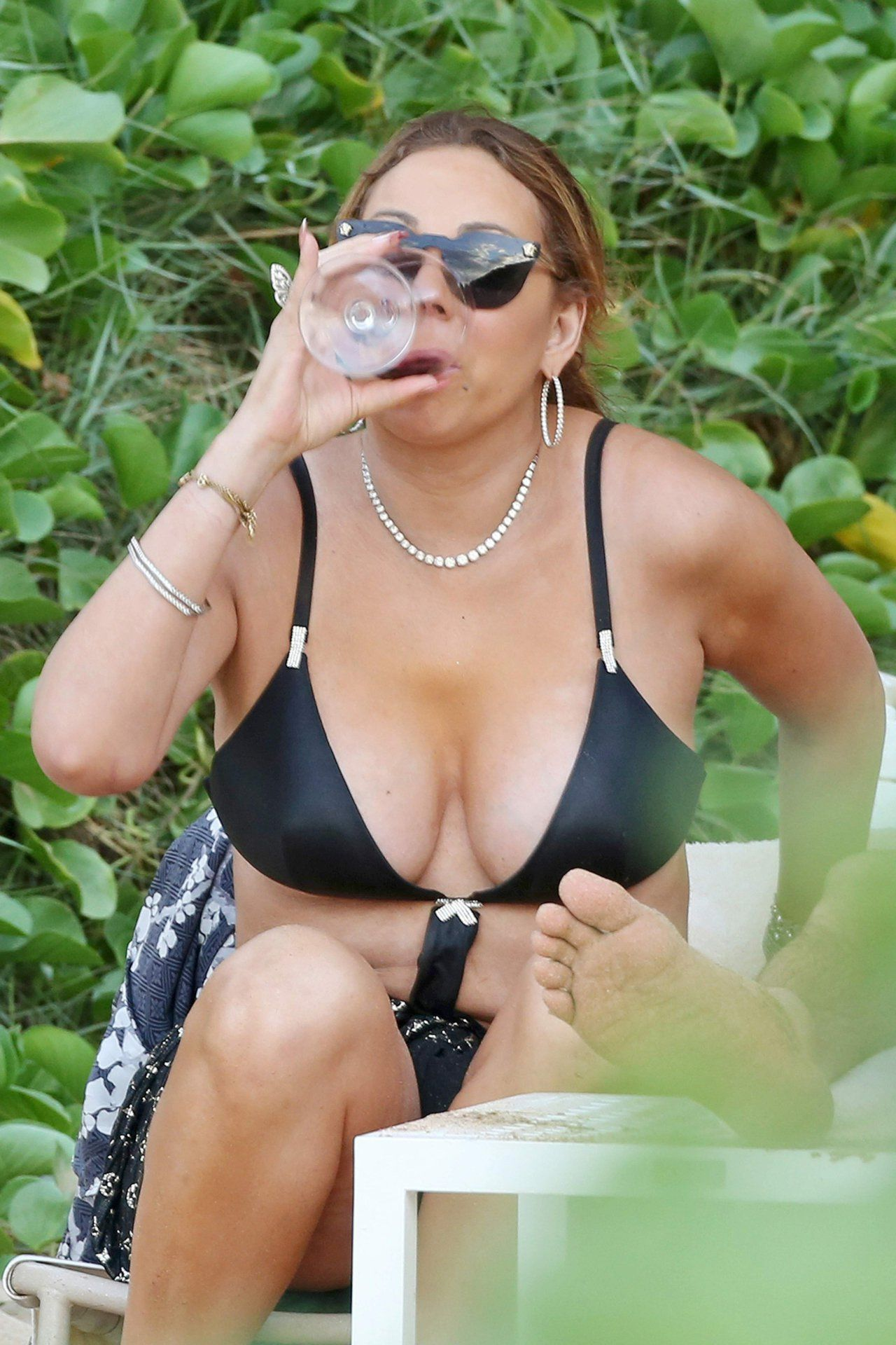 Mariah Carey Playing With Her New Boyfriend In Hawaii