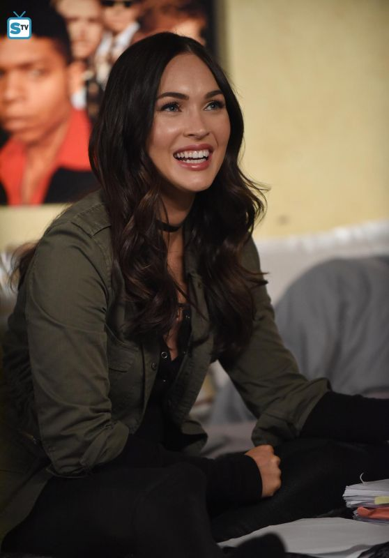 Megan Fox - New Girl 2016