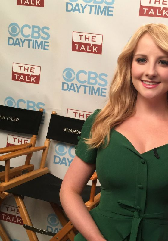 Melissa Rauch - Social Media Pics, December 2016