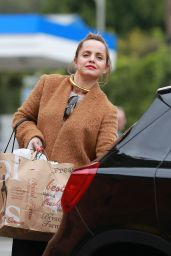Mena Suvari - Grocery Shopping in West Hollywood 12/26/ 2016
