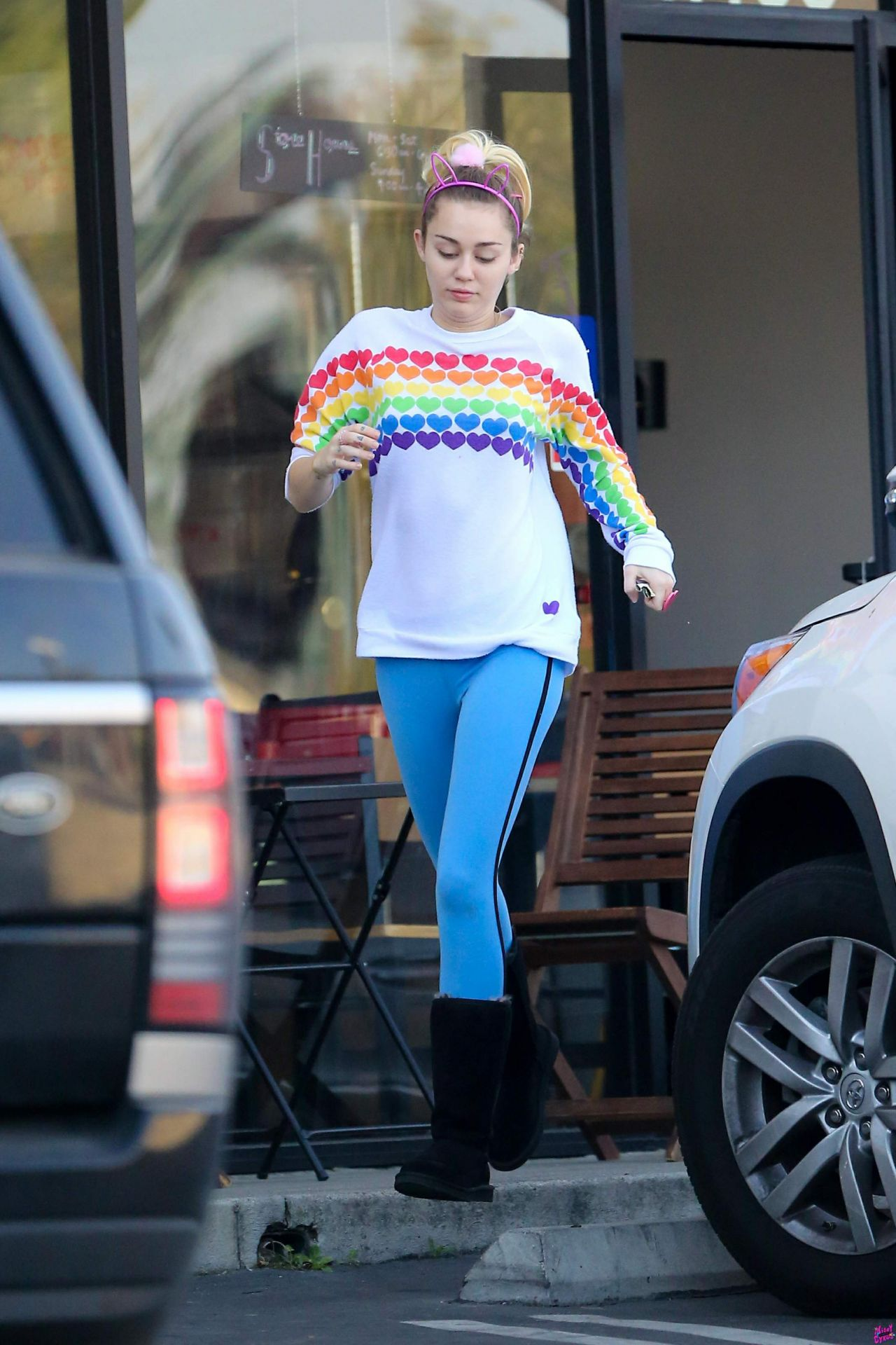 Miley Cyrus Street Style Los Angeles 12 14 2016