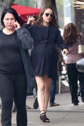 Natalie Portman - Grabs Some Lunch in Los Feliz 12/15/ 2016