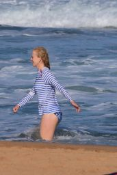 Nicole Kidman at Palm Beach, Sydney 12/25/ 2016