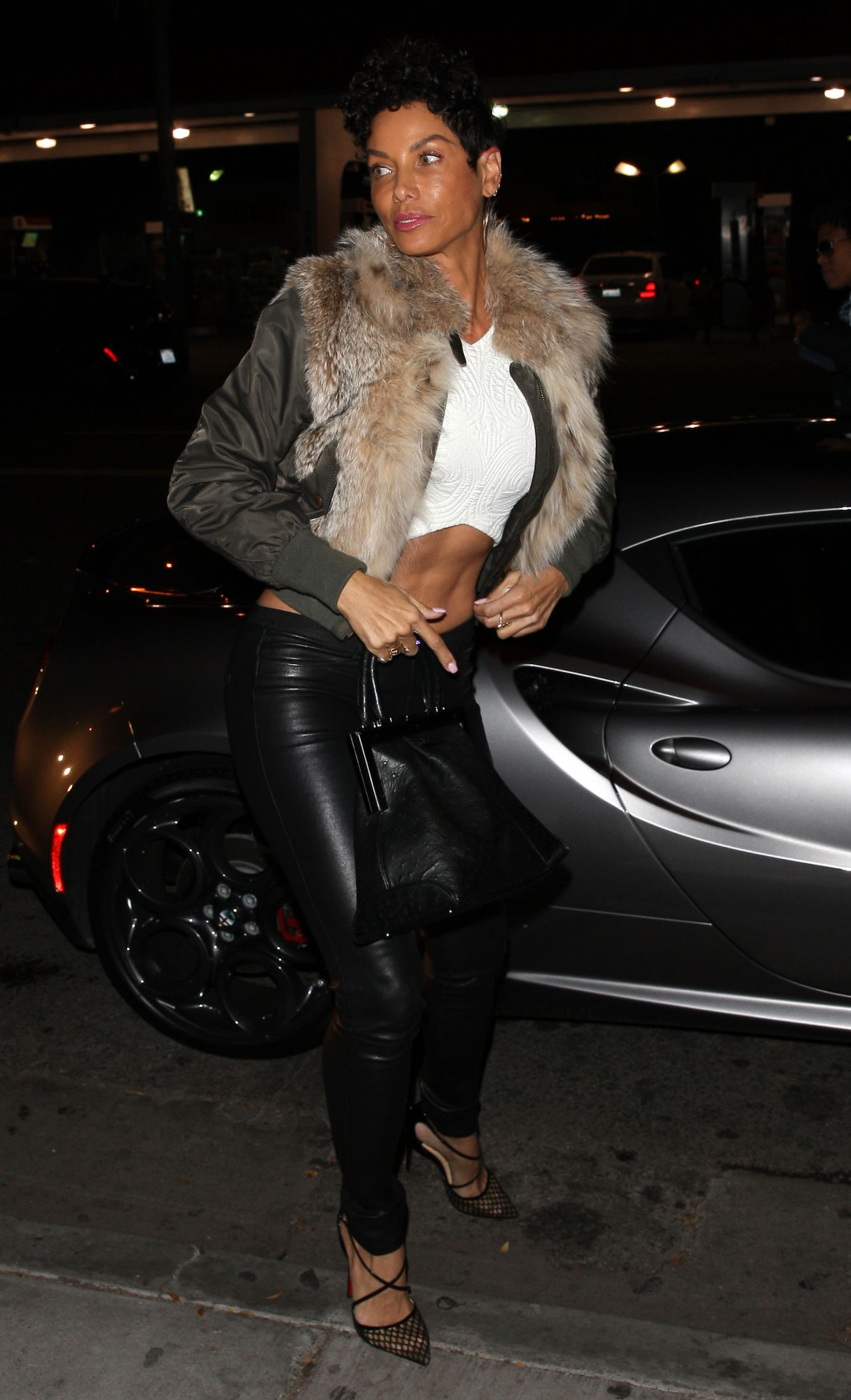 Nicole Murphy Shows Her Midriff Delilah Club In West