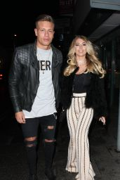 Olivia Buckland - Heading to the Sugar Hut in Brentwood, Essex 12/23/ 2016