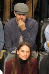 Olivia Wilde - Cheers for the Brooklyn Nets vs. Golden State Warriors in NY 12/22/ 2016