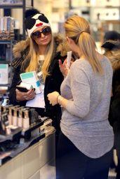 Paris Hilton - Shopping Spree at Gorsurch Ltd. in Aspen 12/26/ 2016