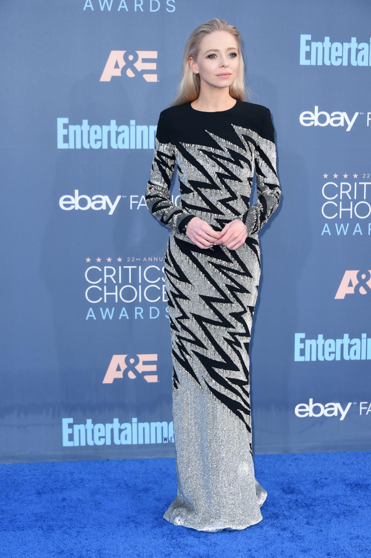 Portia Doubleday - 2016 Critics' Choice Awards in Santa Monica 12/11/ 2016 • CelebMafia