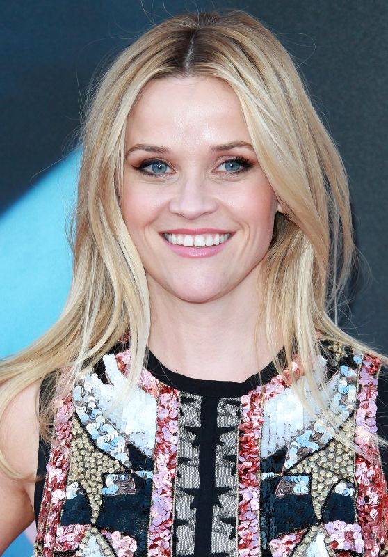 Reese Witherspoon - 'Sing' Movie Premiere in Los Angeles 12/3/ 2016