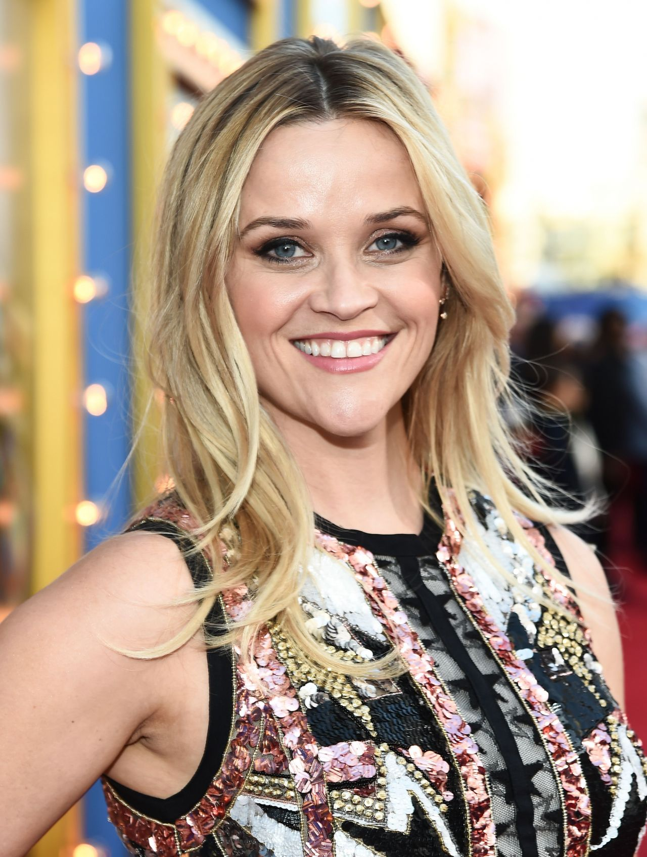 reese witherspoon sing movie premiere in los angeles