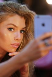Stella Maxwell – Victoria's Secret Fashion Show 2016 Backstage