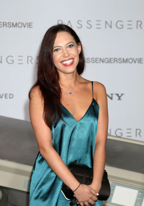 Stephanie Frosch – 'Passengers' Premiere in Westwood