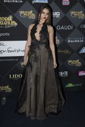Tiziana Stordeur – Top Model Belgium 2017 At Le Lido In Paris 12/18/ 2016