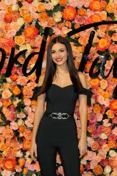 Victoria Justice - Lord & Taylor Stamford Grand Re-Opening Celebration 12/1/ 2016