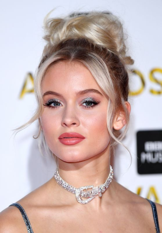 Zara Larsson - BBC Music Awards in London 12/12/ 2016